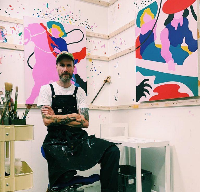 Artist Lee Eelus in the studio